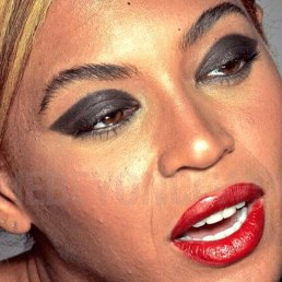 Beyonce with no makeup